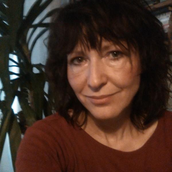 Carola Karpati